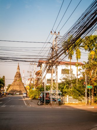 wat dam and cables