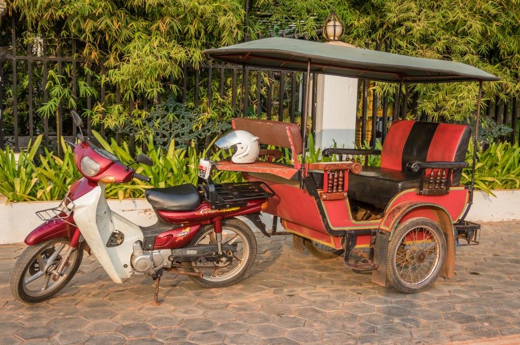 tuktuk-02