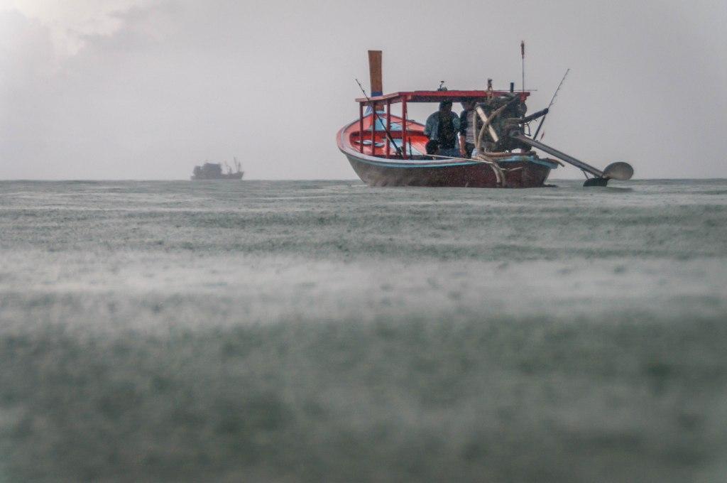 Storm Boat-2